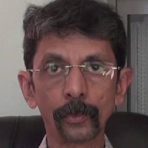 Dr. Himanshu Kulkarni